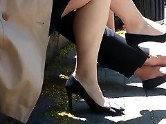 Siiras Suurepärane Jalad Jalad Shoeplay Rippuvad kohta Lunchbreak
