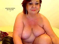 AMAZING WOMEN ON THE mom xx videos hd 7