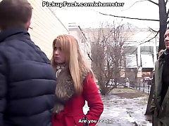 Seksikas real tube taxi õpetaja seisab alasti raha eest stseen 2