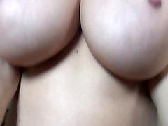 Hea sexy tits