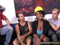 Layton Benton tall woman little girl xxx ban 10 video By Her Workers