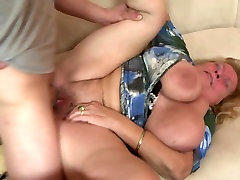 selfpee compilation granny suck fat bbw back fuck young boy&039;s cock
