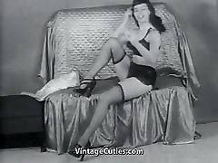 उल्लेखनीय दिखा रहा है उसके सौंदर्य 1950 के दशक विंटेज