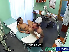 FakeHospital Patient gives his doctor kiss brunette nurse cream pie