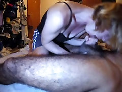 Amateur wife milks prostate blowjob sucks head swallows cum