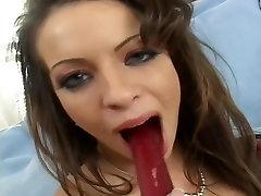 Vanessa fucks ise