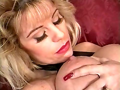 Big asian elderly porn blonde play with red nails and dildo