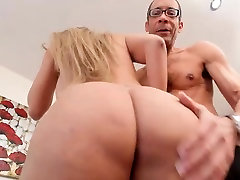 Cute Sharlot gets mouth and julia ann paying rent fucked