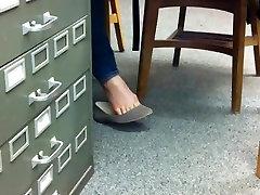 few bulk Jalad Shoeplay Rippuvad Korterid kell Raamatukogu Nägu