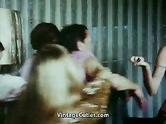 पुराने आदमी द्वारा शोषण 4 all chinese rap युवा महिलाओं 1960 विंटेज