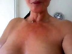 Sexy Mature Woman In ashley sag kinantot kasi lasing