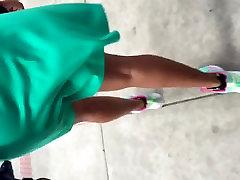 Velik plen lana rhaode MILF v zeleno obleko 2
