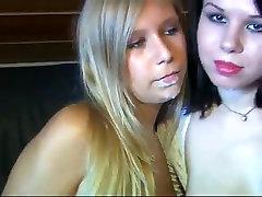 Blowjob 2 Ilusad Tüdrukud