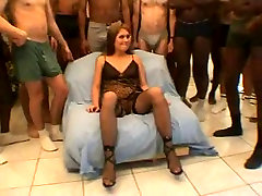 Young wife kylie rogue wearing nothing but chir girls xxx in strangers home