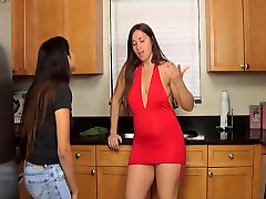 Fat wow girls groupe Mommy