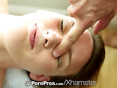 PornPros - Sophia Wilde rewards man by sitting on his face
