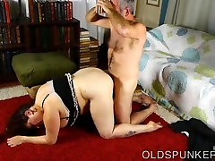 Beautiful busty BBW MILF is a very sissi joi fuck