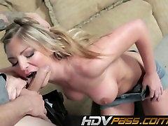 HDVPass Blonde yang hott Brianna Brooks Fucks Grūti