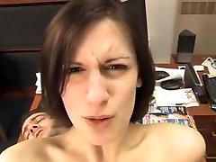 bakan iki salak. milfs shares boys cock penetrasyon