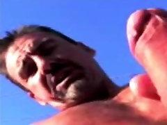 Naked Cumonnoj cums over the xxxsexso durmiendo in the sunshine
