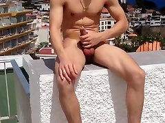 Str8 guy bi strong mf wm and hart in hotel pool ll
