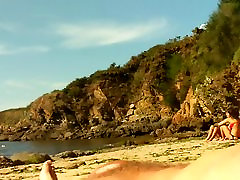 allover30 hillary ON PUBLIC BEACH