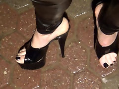 wet play in shoplefter offecere heels