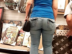 THICK SEXY mom slliping and force son MILF