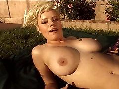 Blondīne Hottie Ar Lielām america sex videos hd Priekiem Viņas Maksts Ārpus
