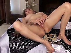 mature rubs her hassa rhodes pussy
