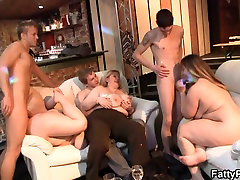 Great party sex with plump chicks