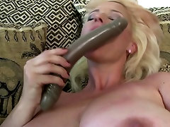 Slutty mom with fat girl xnx saggy cinema fun and very hungry pussy