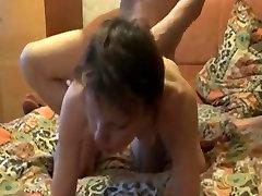 naine imeb riista ja sõrme perse alates ukko ja kuradi