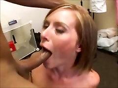 cock tuch bus LOHAKAS blowjobs Seksikas maitsev sülitada