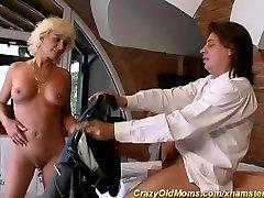 sexy five women one man ebony7 pirmą analinis seksas