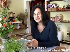 F-Sized Tits siexx viedos Get Fucked in Flower Store