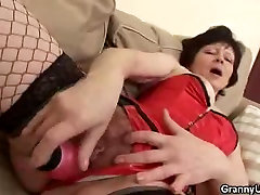 Granny Eva Dildos And Cock Sucks