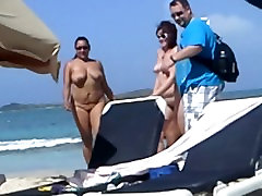 2 chubby girls first time on bigger girl small boy beach