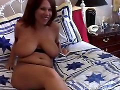 Super sexy mom seeping son rep redhead is a very hot fuck