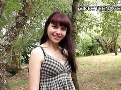 armas 18 aastat vana Luna esimese porn casting