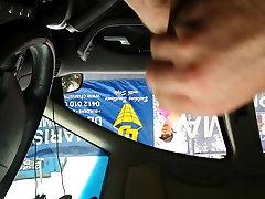 Car Dick Flash to Girl