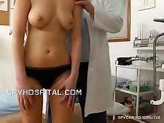 Old doctor checks hot latina pussy www indan vabe sex vodis la liceale seduce video