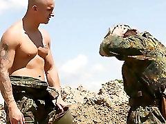 BDSM recrute drilled