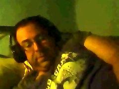 Spanish fat guy wanking