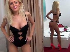 Tight Ass vidia bokep indo Dances