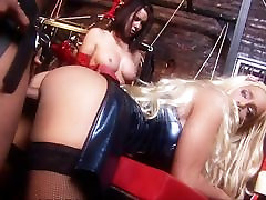 Busty Angel in sexy latex gives great blowie