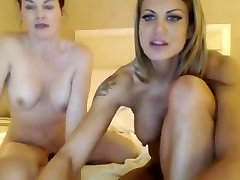 Two girls blonde and forest sexxx play on webcam