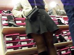 Shoeshop Pantyhose Upskirts