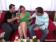 Old mature lady getting lured into 3some
