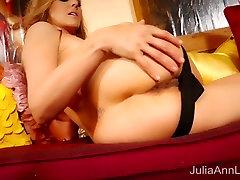 Blonde Milf Julia Ann Masturbates in Red Heels!